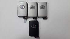 Чип-ключ Toyota Noah, Voxy, Isis, Alphard 2