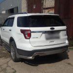 Форд Эксплорер 2016 года выпуска оставил ключи от автомобиля в салоне
