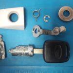 Subaru Impreza сел аккумулятор - не открыть двери авто