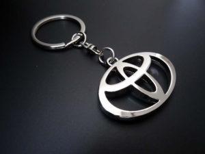 ключи тойота
