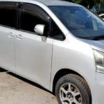 Toyota Noah открыть машину