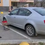 Женщина забыла ключ в багажнике своего автомобиля Skoda Octavia двери оказались заблокированы