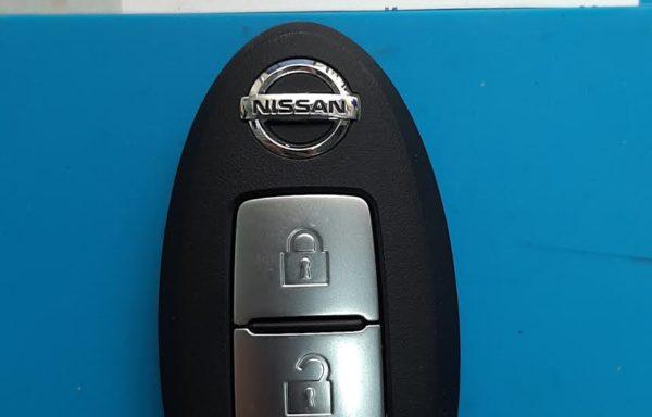 Ключ для Nissan Leaf ZE1 2017