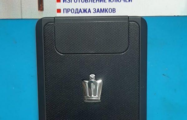 Ключ для Toyota Crown 2012