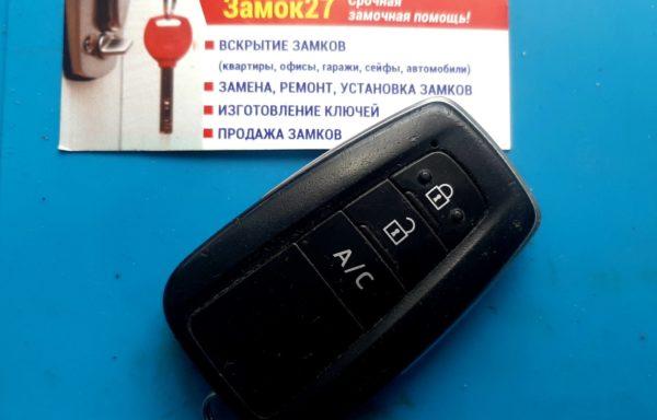 Ключ для Toyota Prius PHV 2017